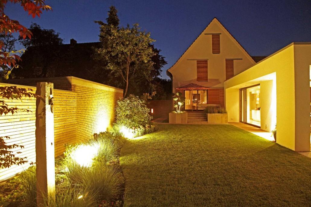 effektbeleuchtung potsdamer g rten g rten f r berlin und brandenburg. Black Bedroom Furniture Sets. Home Design Ideas