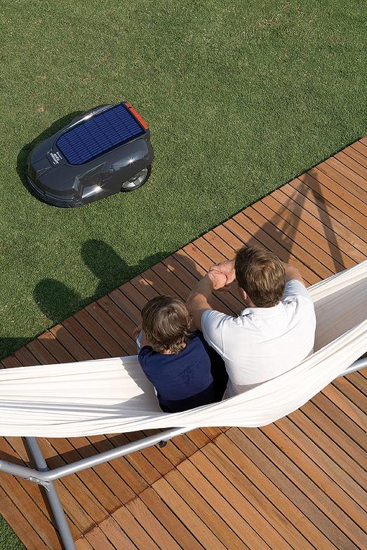 rasenm her automower potsdamer g rten g rten f r. Black Bedroom Furniture Sets. Home Design Ideas