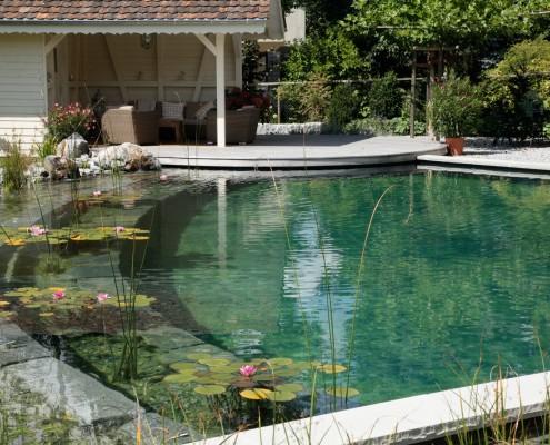 Die Abtrennung zwischen Bade- und Regenerationsbereich